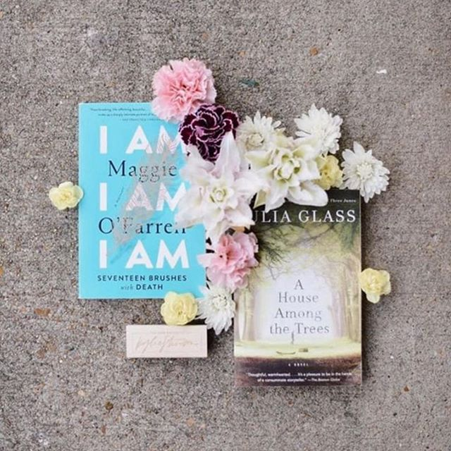 GIVEAWAY // We are beyond thrilled to partner with @kyliestnsn for a May Flowers giveaway 🌸🌺💐 . Enter to win 2 beautiful books that speak to the beauty of life and death AND a custom bookplate by Kylie Stinson. . Here's how to enter: 👉🏼 Head over to @kyliestnsn's account and like her giveaway post 👉🏼 Follow @eighthundred.words and @kyliestnsn 👉🏼 Tag a friend in @kyliestnsn's post (not this one). Each tag = one entry 👉🏼 For an additional 5 entries, share @kyliestnsn's post on your story . Giveaway ends Friday 5/3 at 11:59pm.