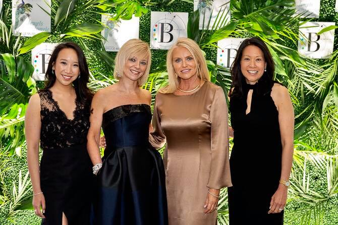 With fellow co-chairs Shelly Tretter Lynch, Kim Kassin and honorary co-chair Avril Graham of Harpers Bazaar.
