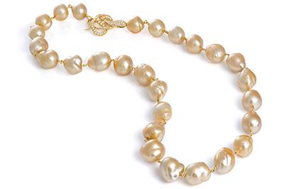 Perfectly_Matched_Golden_South_Sea_Pearls_400x.jpg