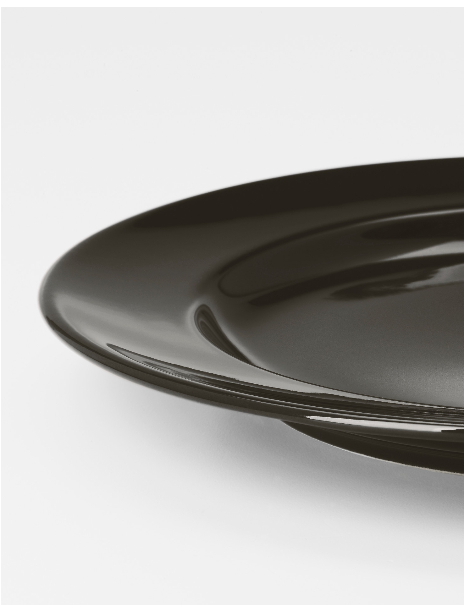 Black Plates1.50 each24 Qty -