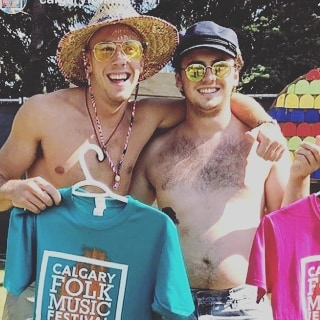This is Curtis and Ryan having berry good time on a sunshine day at calgary's folk music festival! What a moment! #verygood #ilikeit #havingfunisnthardwhenyouhavealibrarycard