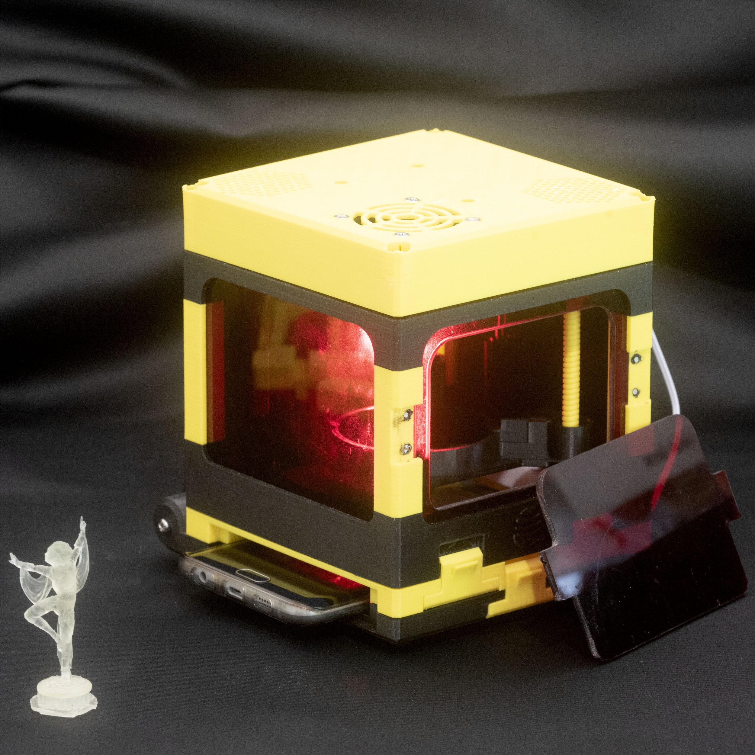LumiBee the maker 3D printer