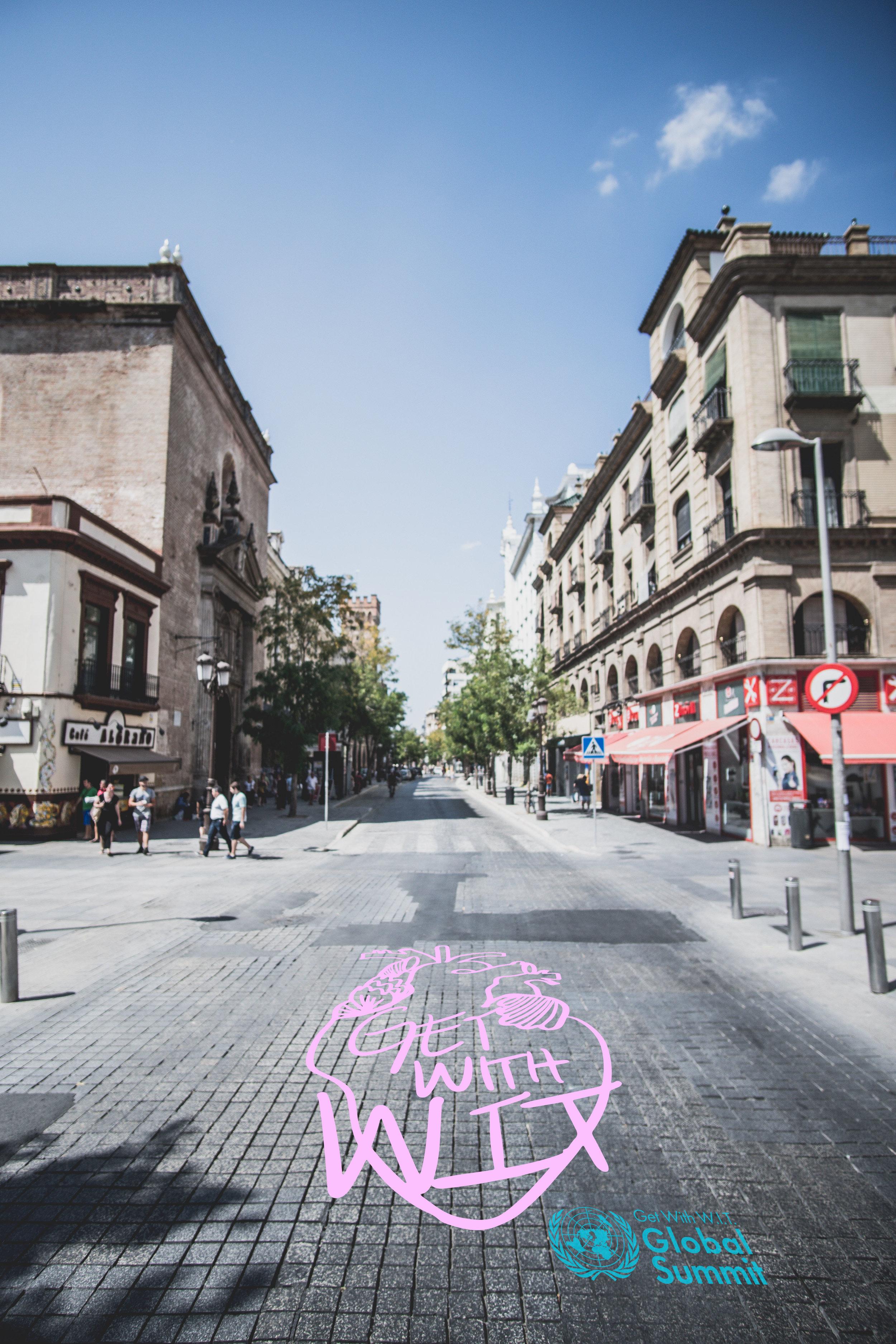 streetart_heartpink.jpg