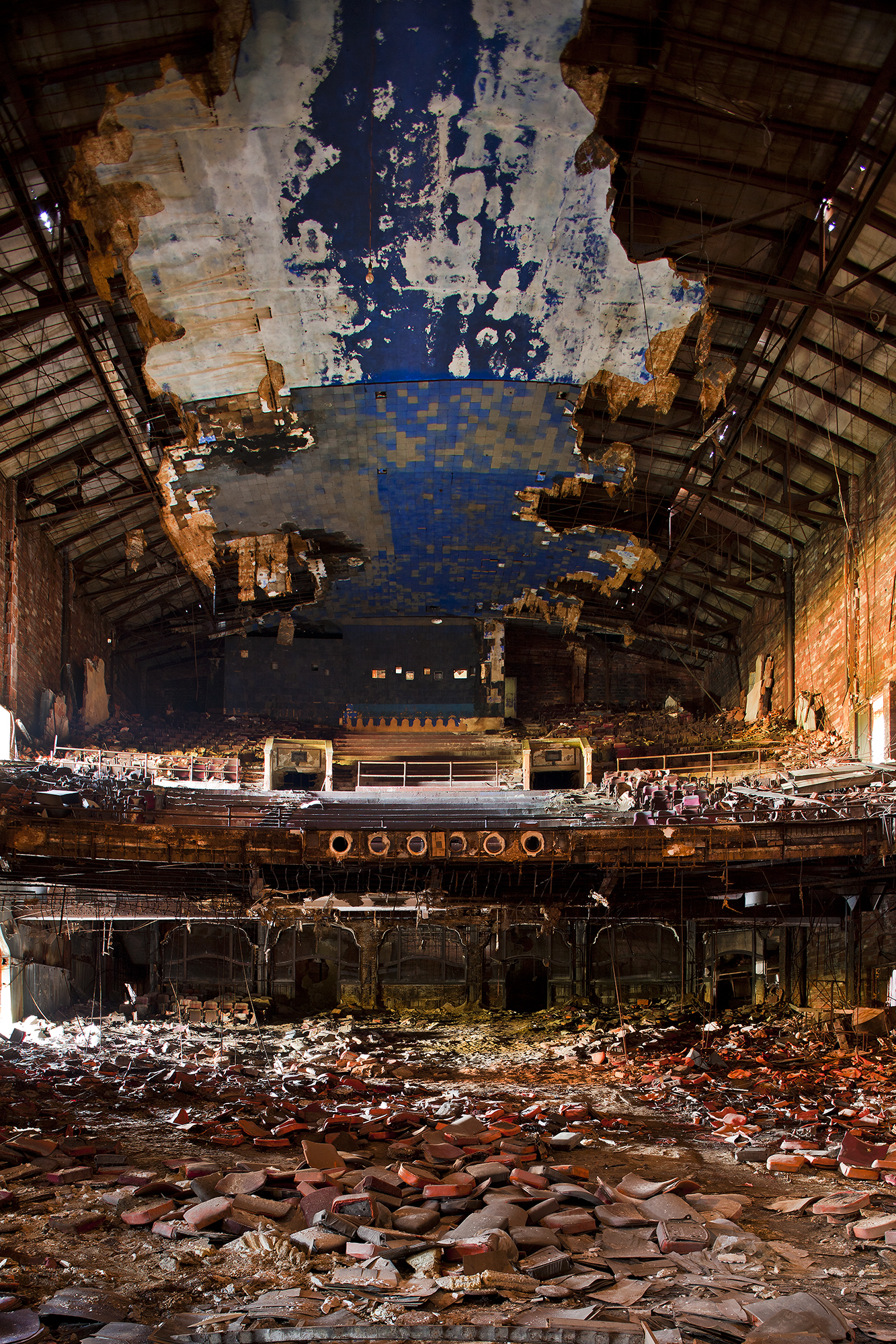 dystopia project 14 | palace theatre | gary indiana usa