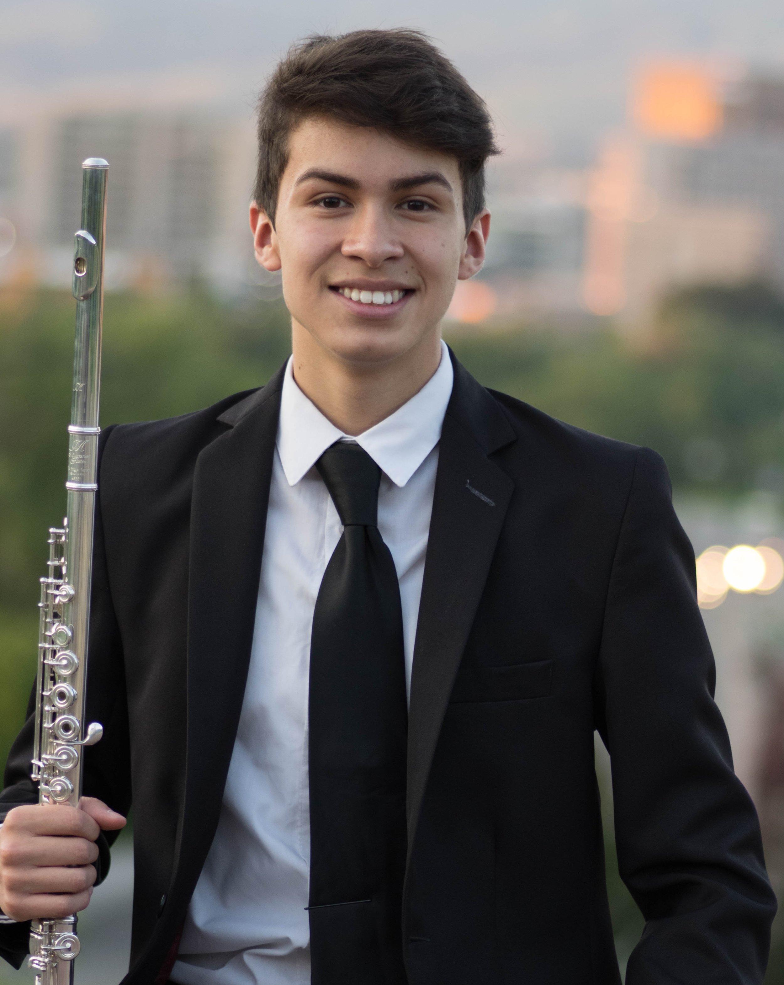 Fernando Perez, flute - Junior Division Winner