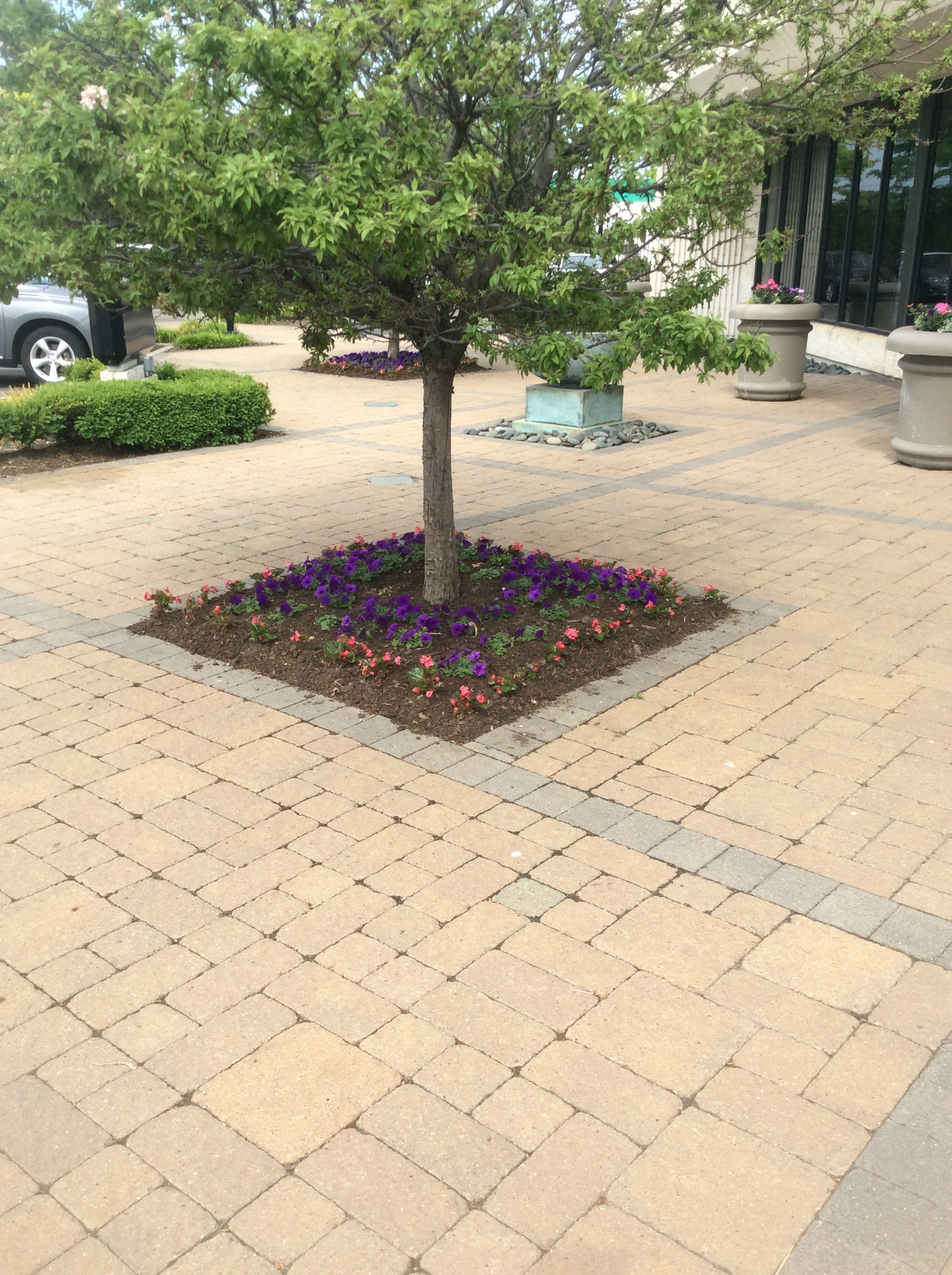 Landscape design with stunning patio pavers in Hudson, OH
