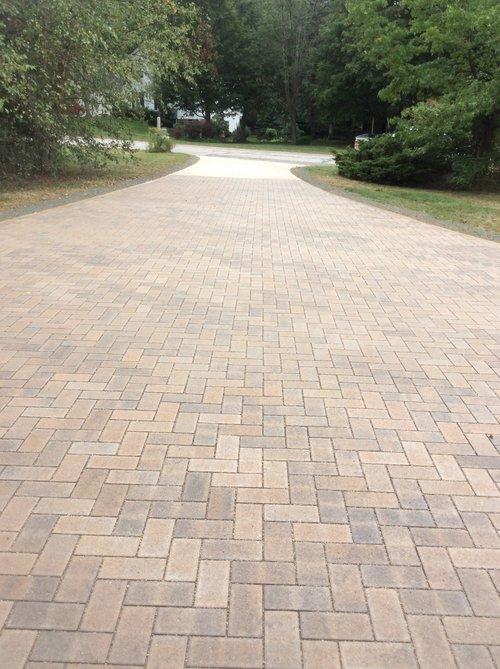 Unilock landscaping companies in Novelty, Ohio