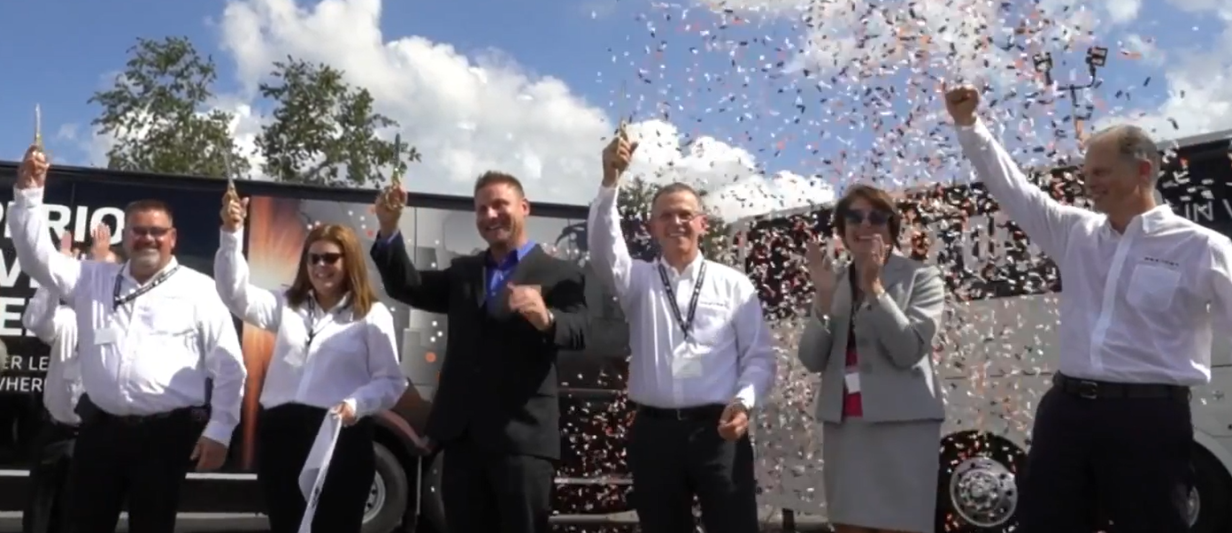 Corporate & Social Events - The perfect addition to a grand opening, sales kickoff, and company celebrations. Confetti is always branded for your event and creates a buzz of energy to your event.