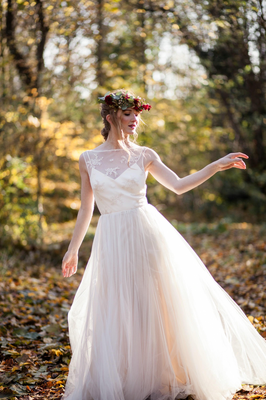 bridal look bridal dress and flower crown,.jpg