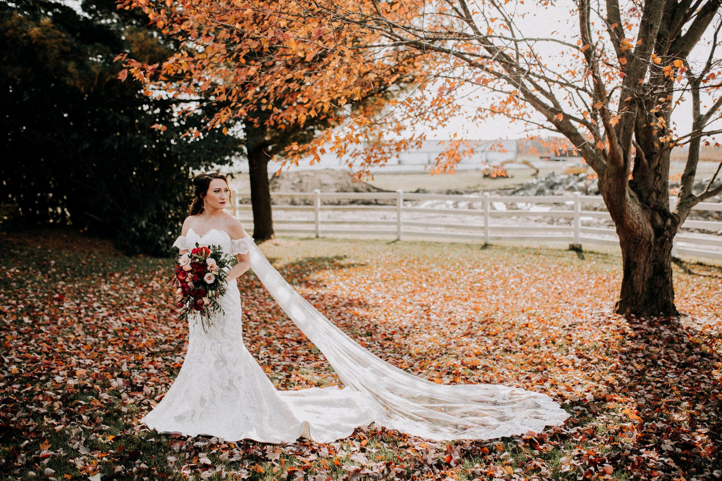 rustic wedding fall colors bridal ideas.jpg