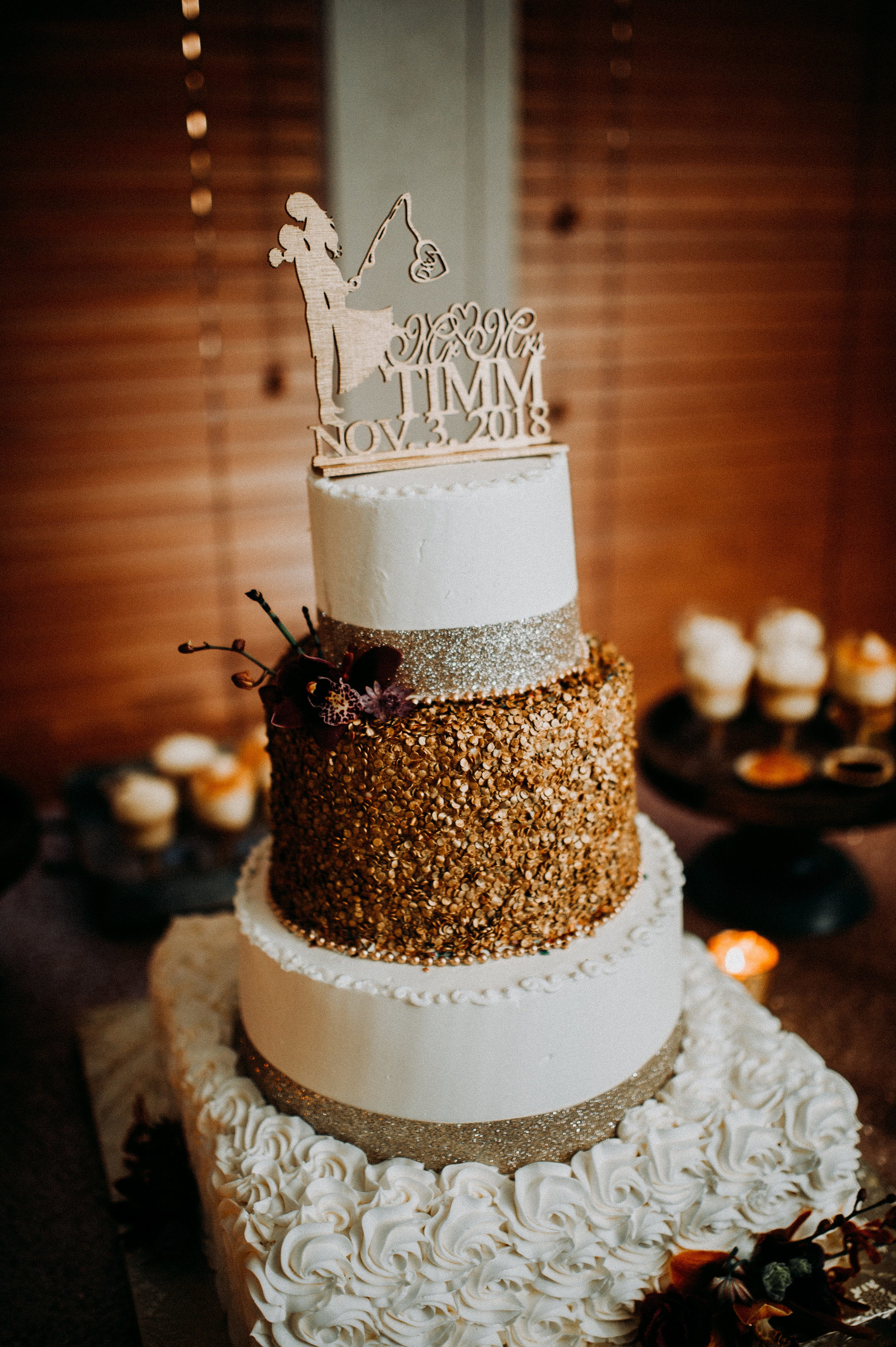 rustic wedding fall colors cake brown.jpg