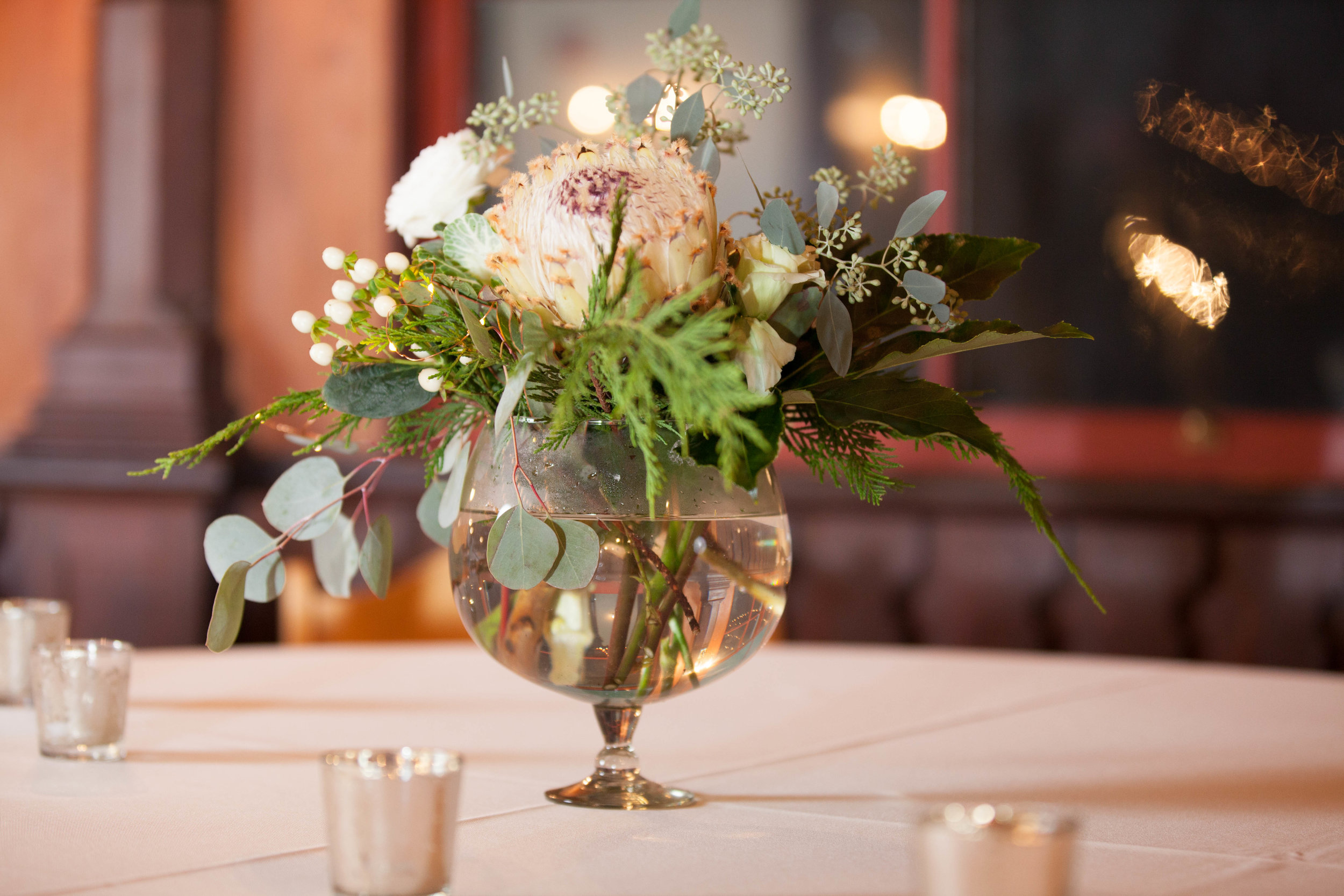 wedding budget planning table decorations,.jpg