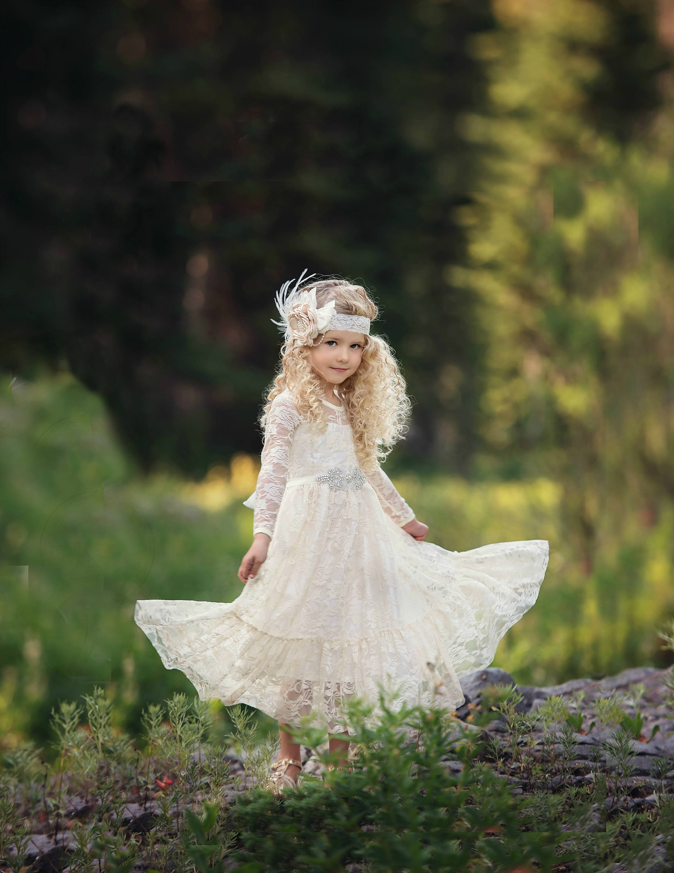 Long sleeve Boho Lace Flower girl dress,.jpg