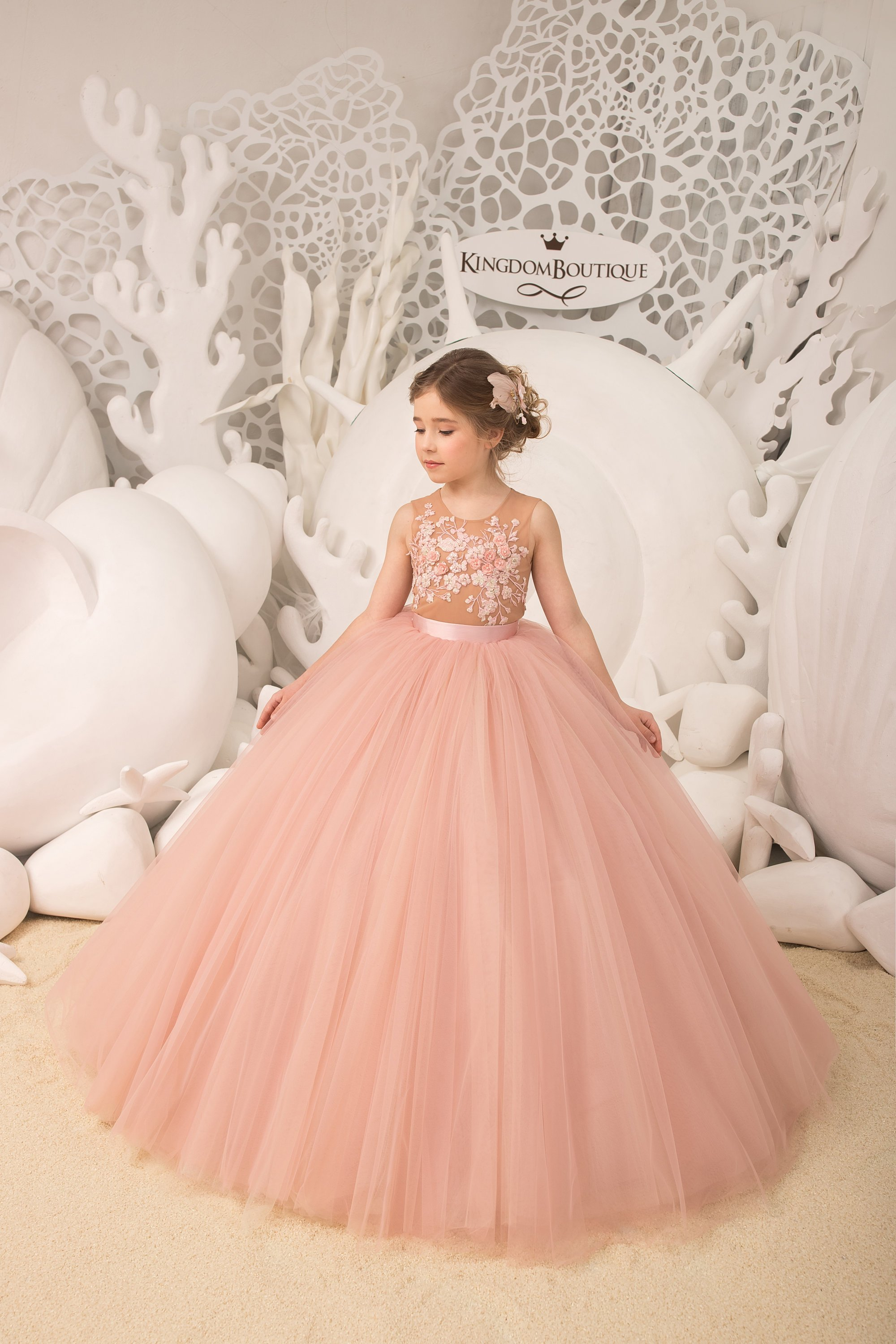 Blush pink Flower Girl Dress priness look.jpg