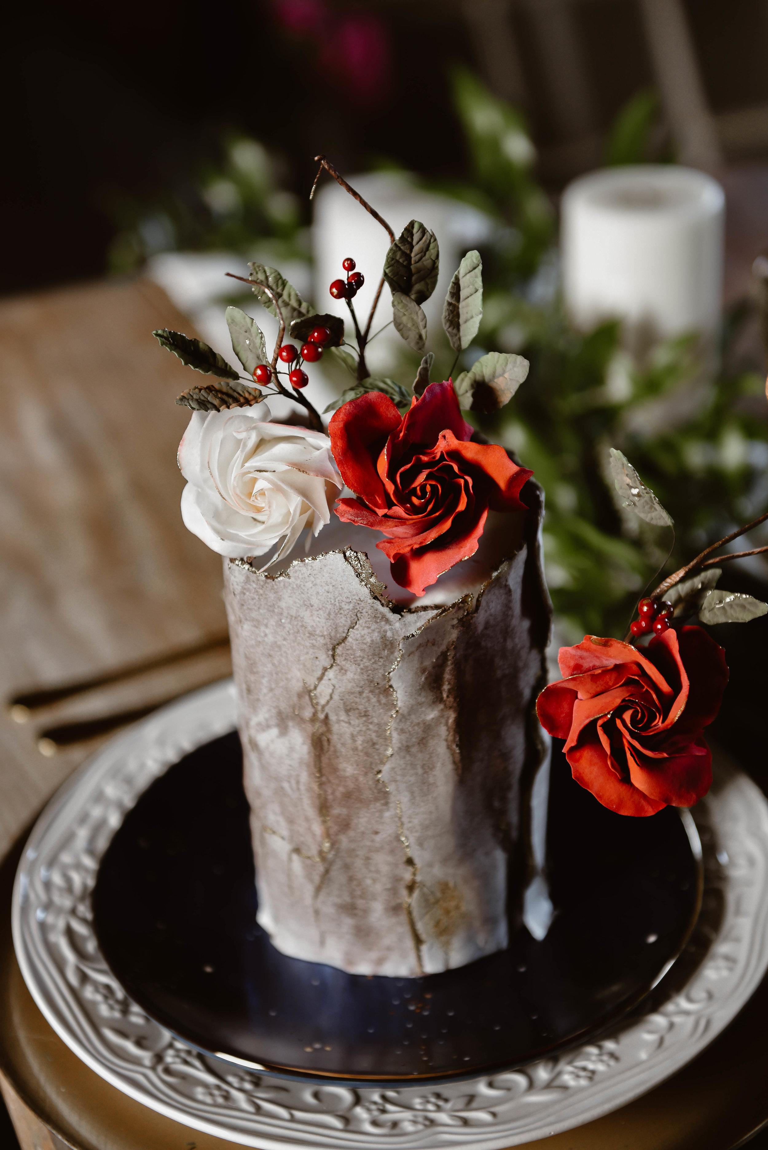 boho cake elopment flowers.jpg