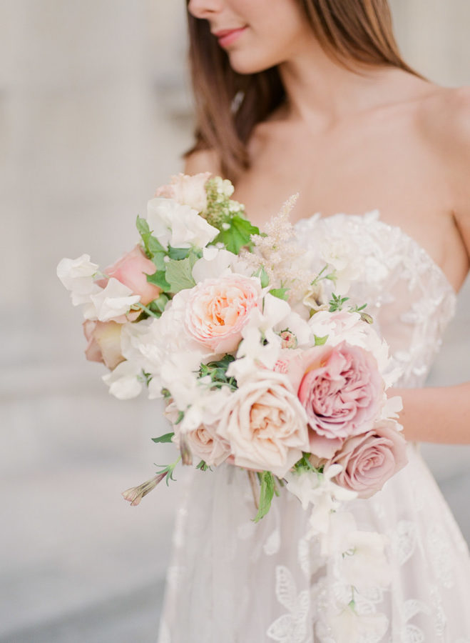 Chateau-wedding-france-Harriette-Earnshaw-Photography-bridal bouquet portrait.jpg