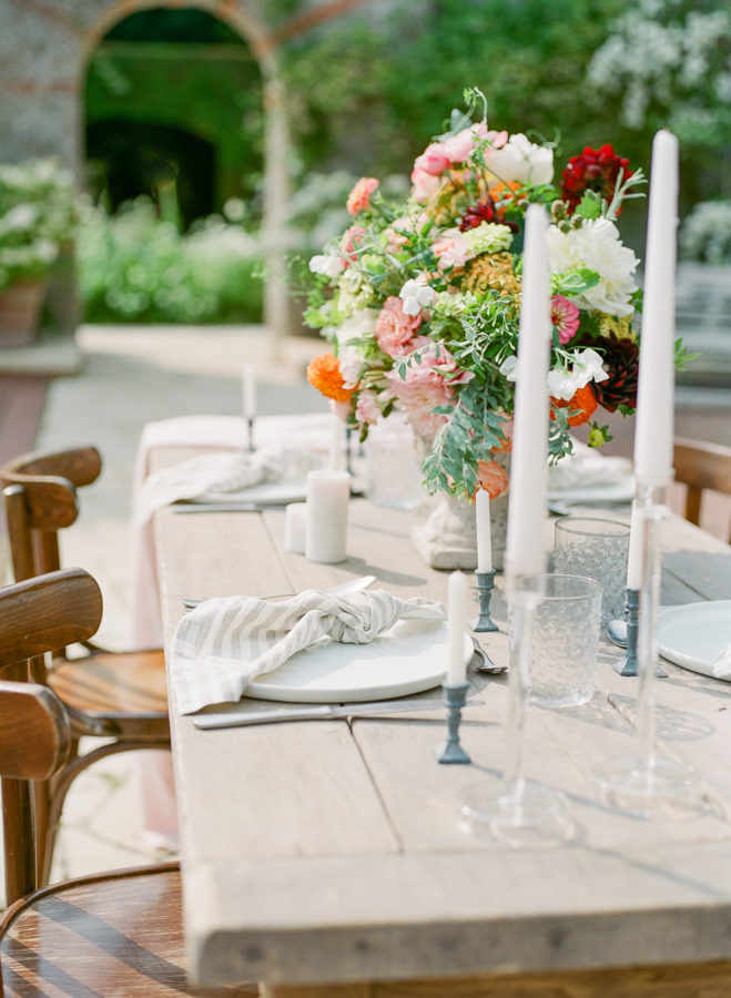 Chateau-wedding-france-Harriette-Earnshaw-Photography-table flowers decorations.jpg
