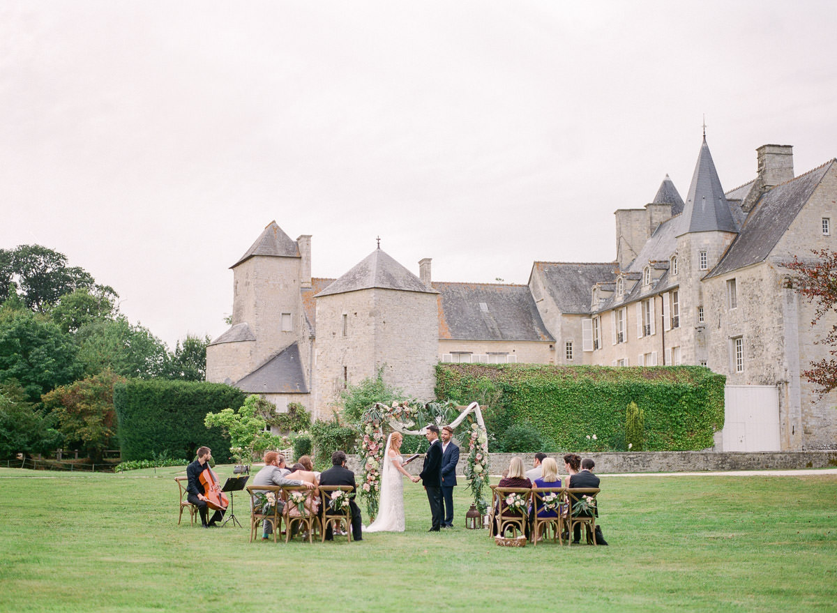 Chateau-wedding-france-Harriette-Earnshaw-Photography-wedding photography.jpg