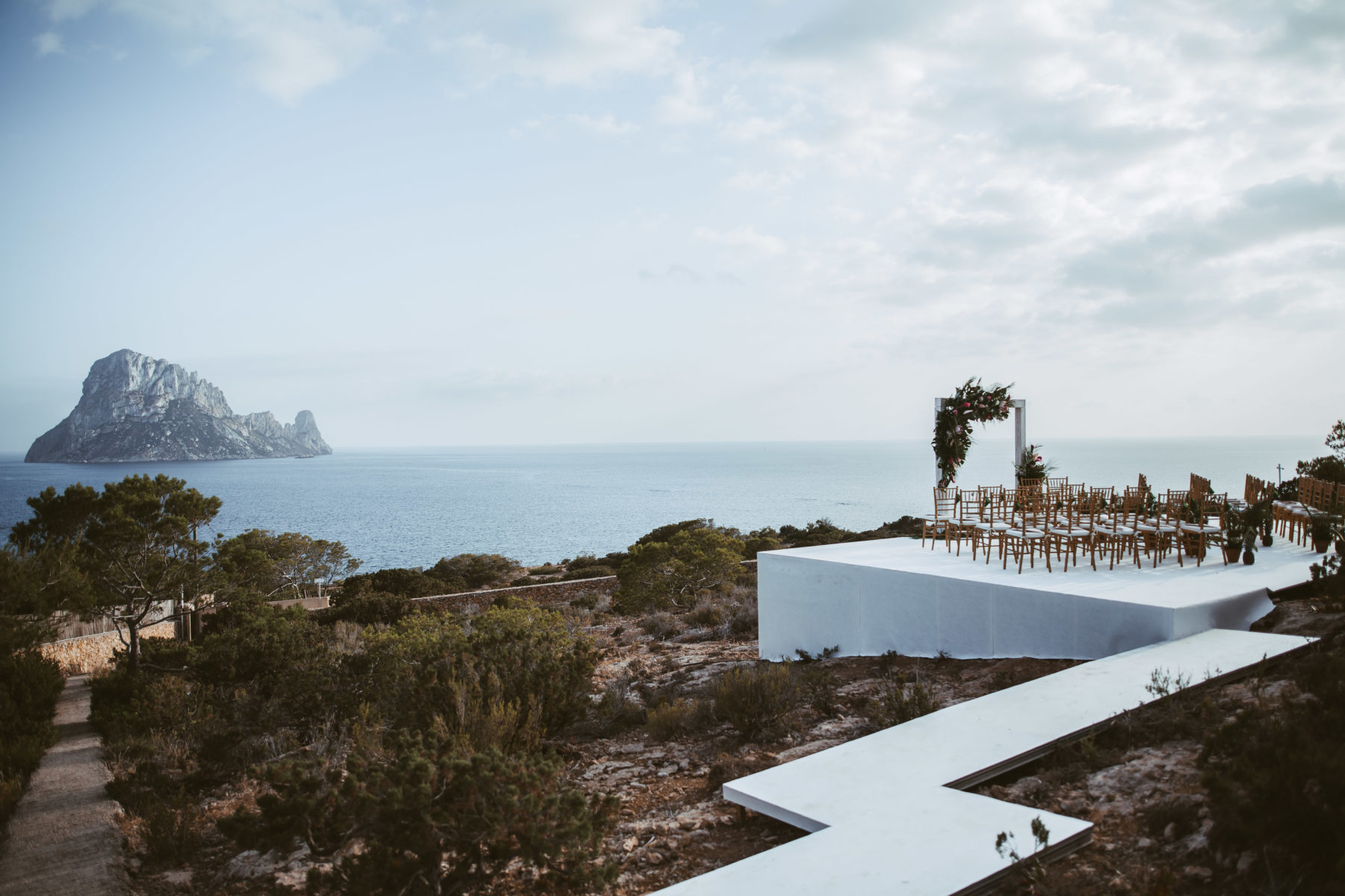 hochzeit-ibiza-la-escollera-ibiza-destination-wedding-mallorca photographer.jpg