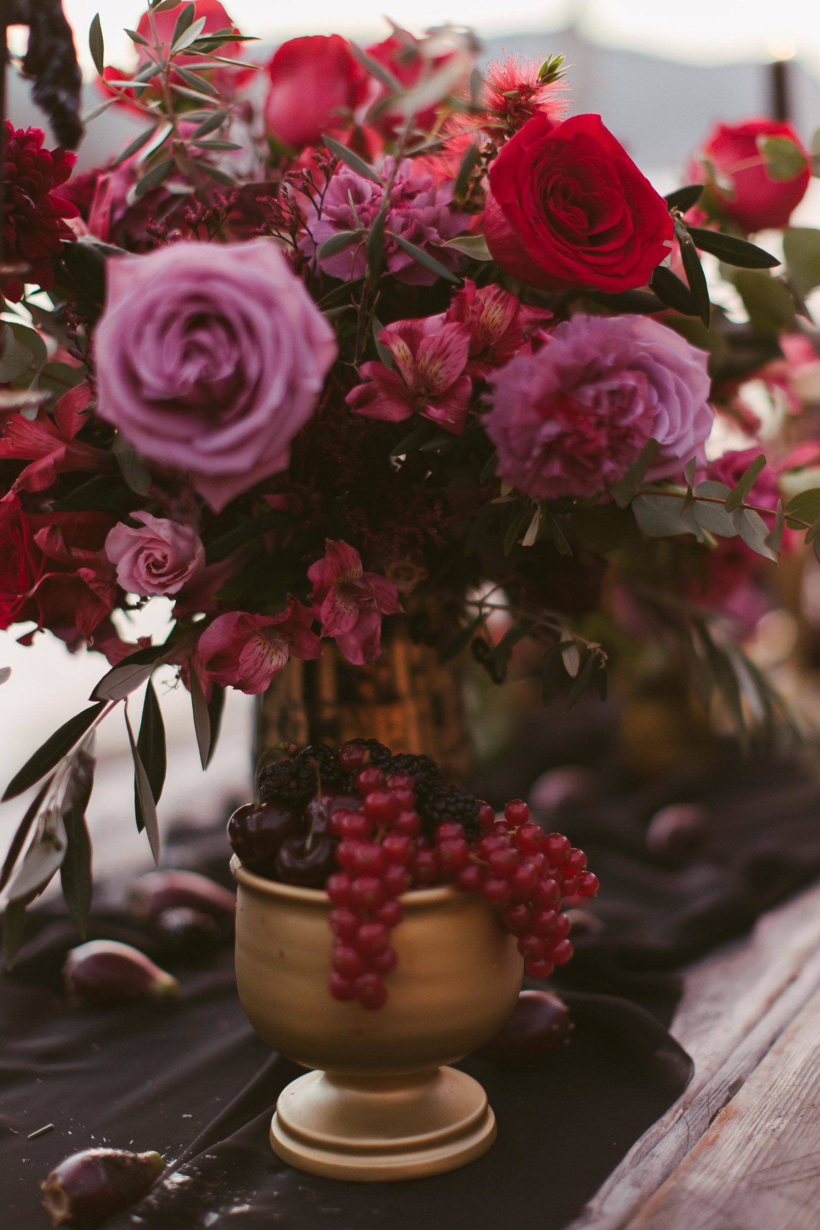 red flowers table decor wedding photograph.jpg