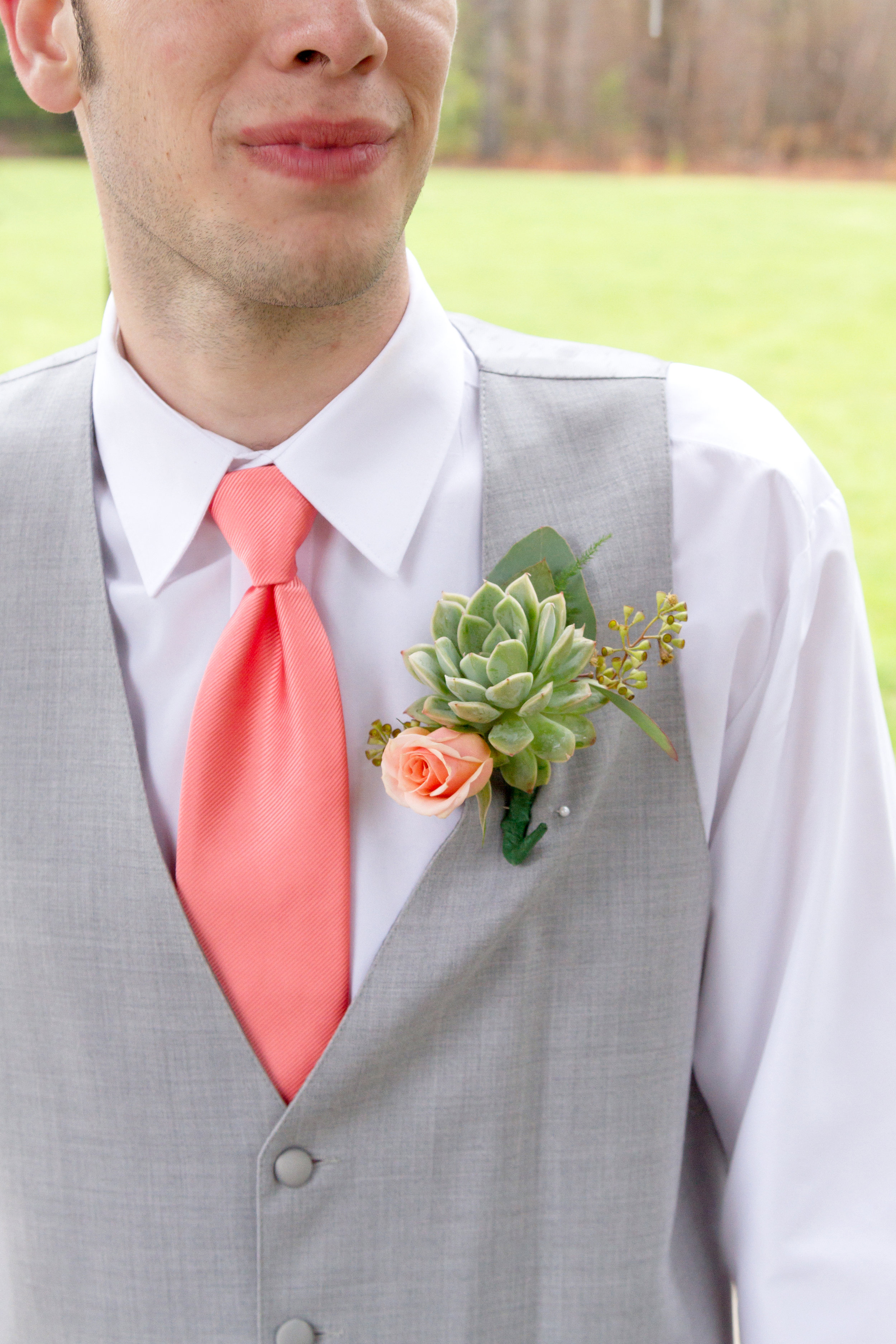 groom coral tie succulent boutonniere.JPG