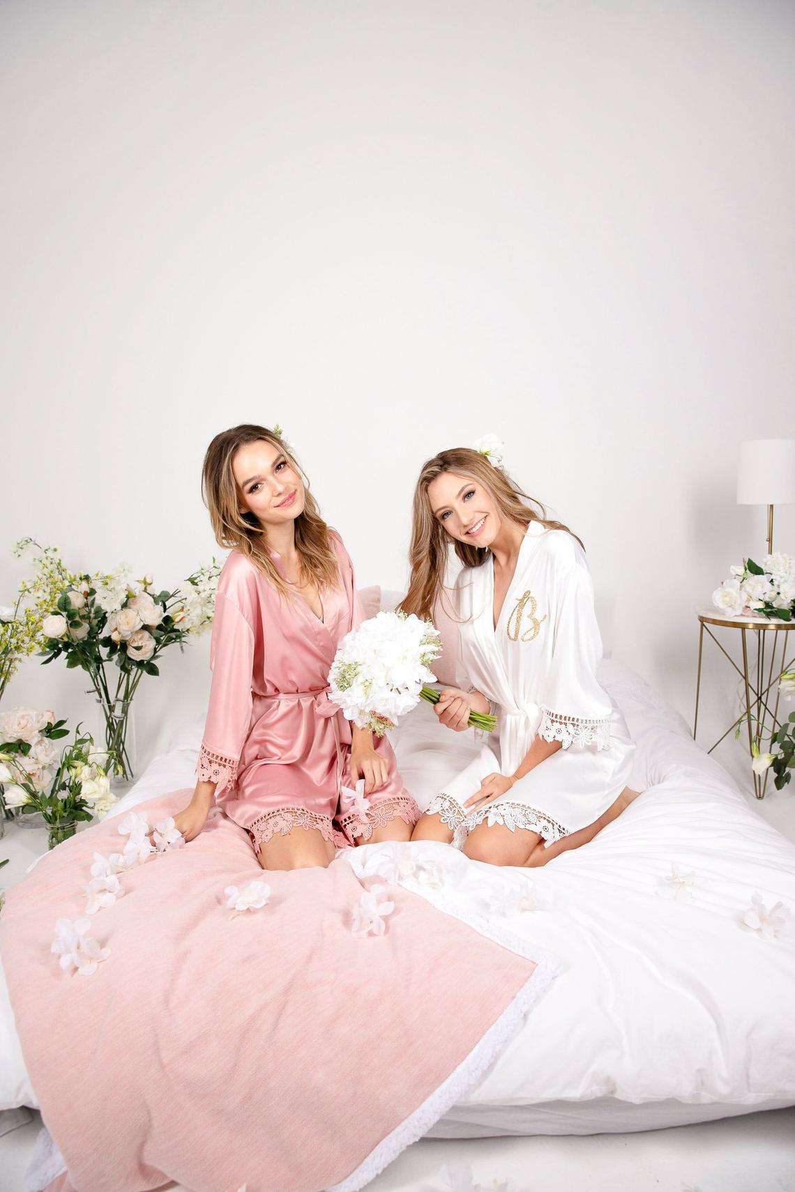 Bridal lace robes Wedding Bridesmaid Gifts.jpg