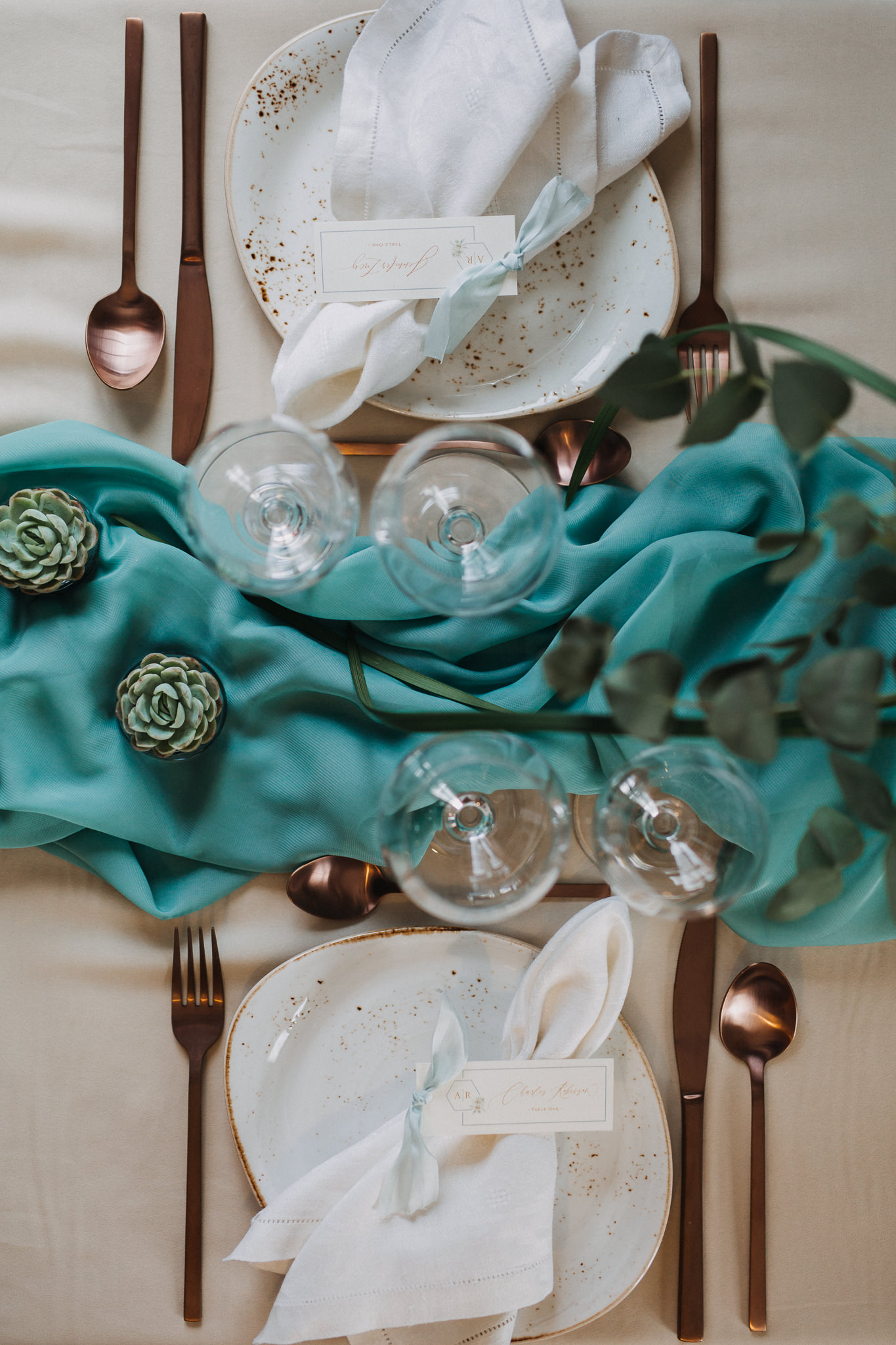 winter wedding table deoctations succulents.jpg