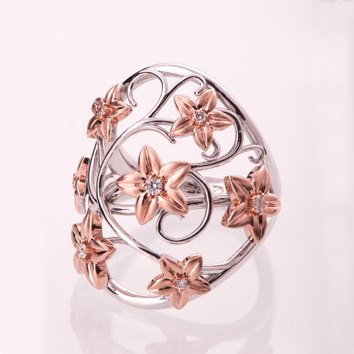 Statement Flower Ring, Two Tone Flowers Ring, Cocktail Ring, Statement Ring, Rose Gold Ring, Diamond Flower Ring, vintage Ring.jpg
