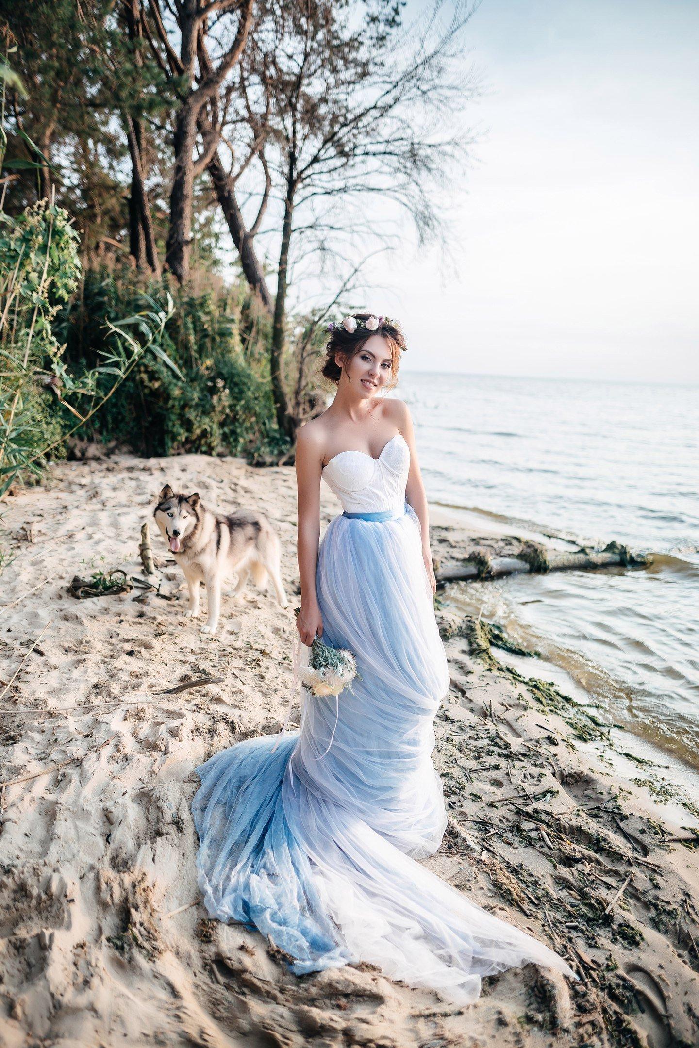 12196e8aba6e5 22 Alternative Bridal Gowns for Bold Brides — Weddings by Laremi