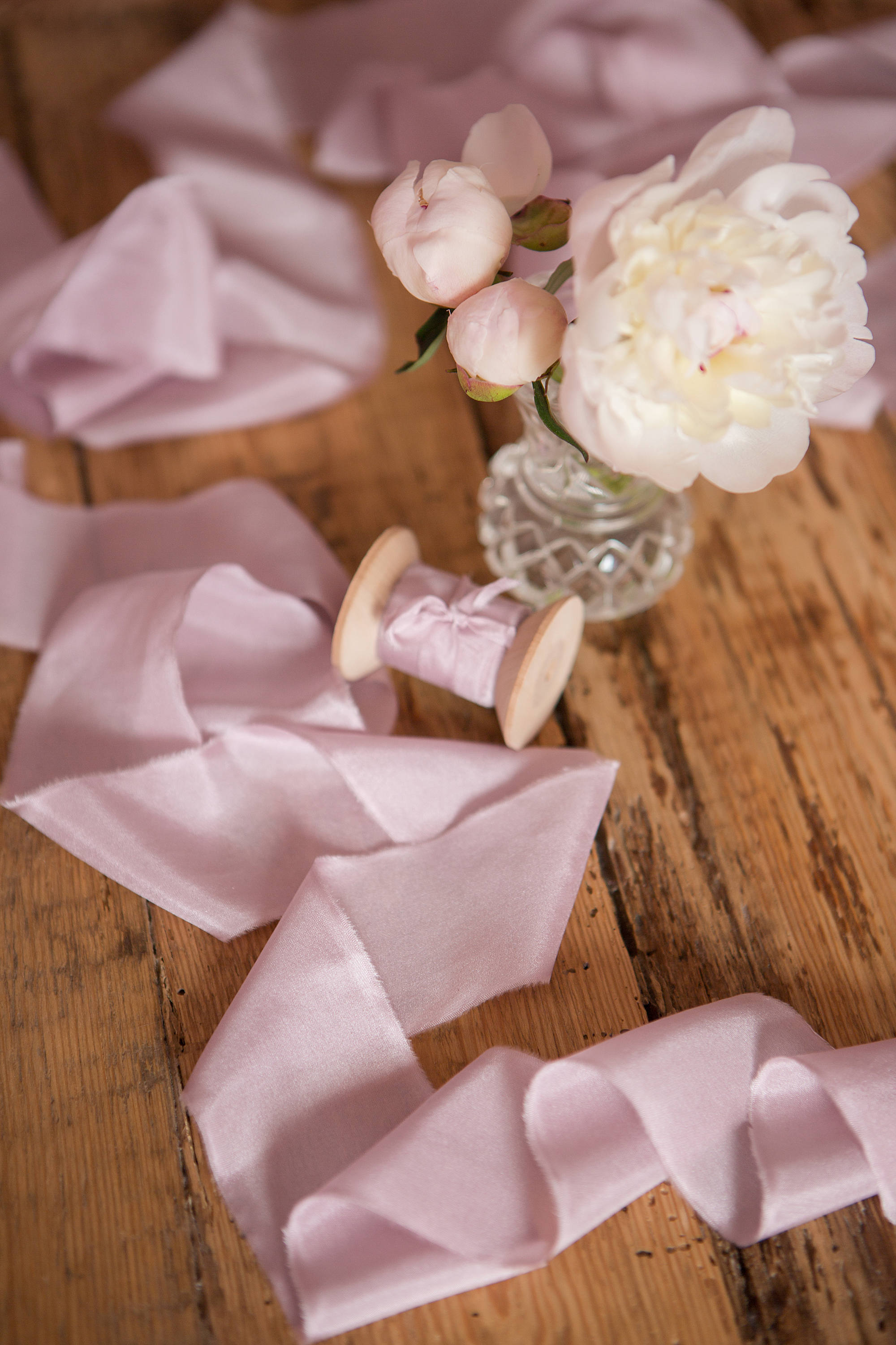 Blush Silk Ribbon, hand dyed Bridal Bouquet ribbon, 1 inch pale lilac habotai silk, invitation ribbon by yard, Wedding Luxurious Silk Ribbon.jpg