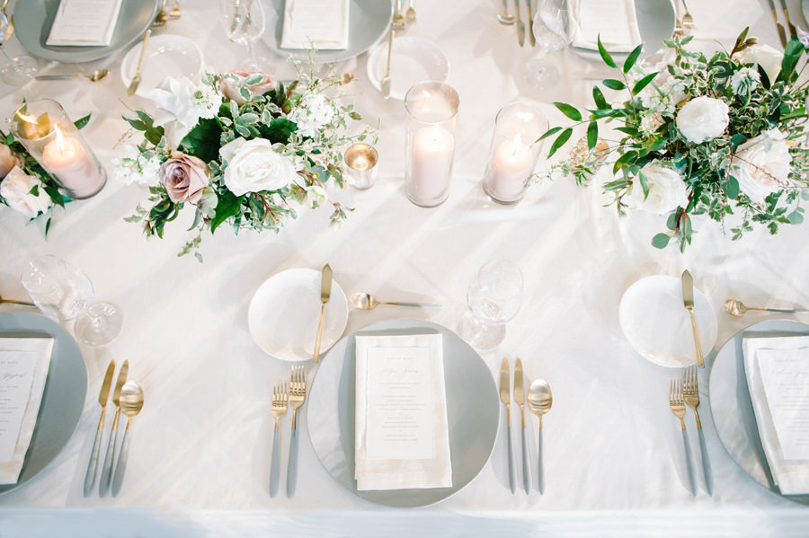 winter_wedding_fairmont_chateau_lake_louise_037.jpg