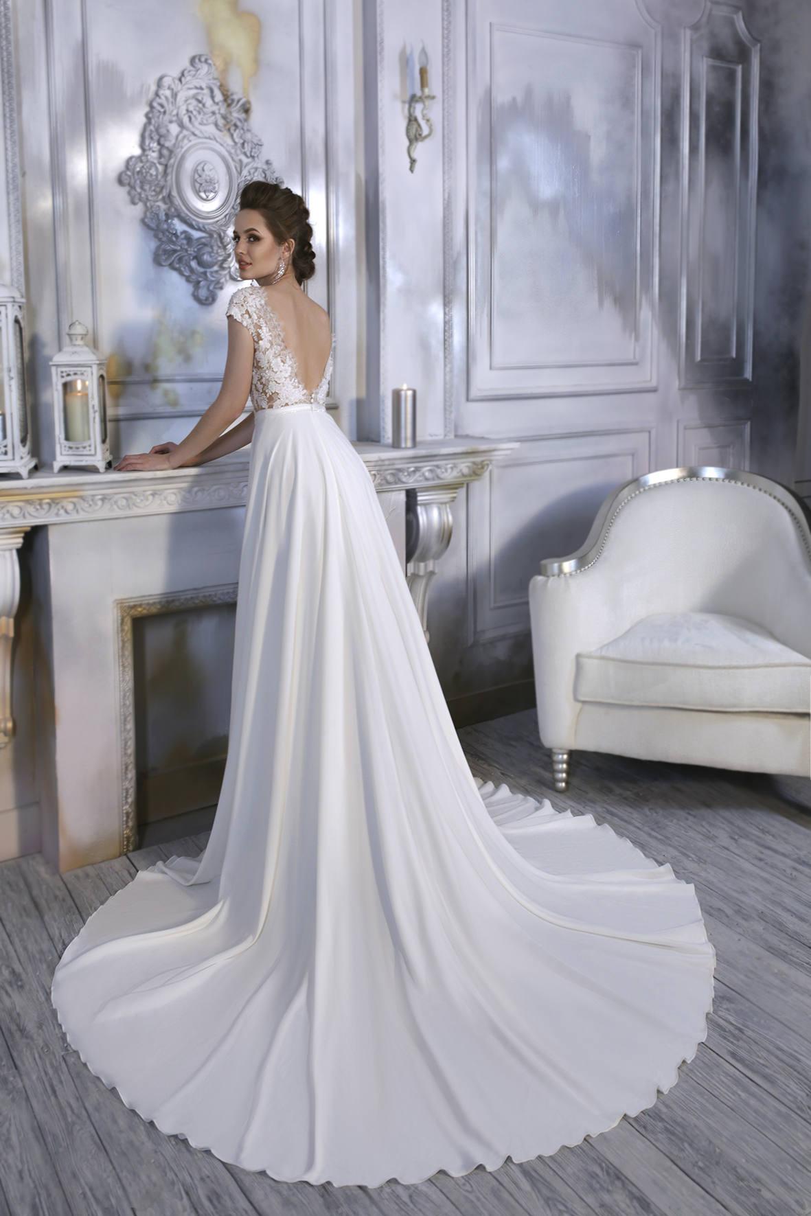 Open Back Wedding Dress - Orsha Wedding Dress - Long Wedding Dress with Train - Simple Lace Dress - Abito da Sposa - Sexy Wedding Dress.jpg