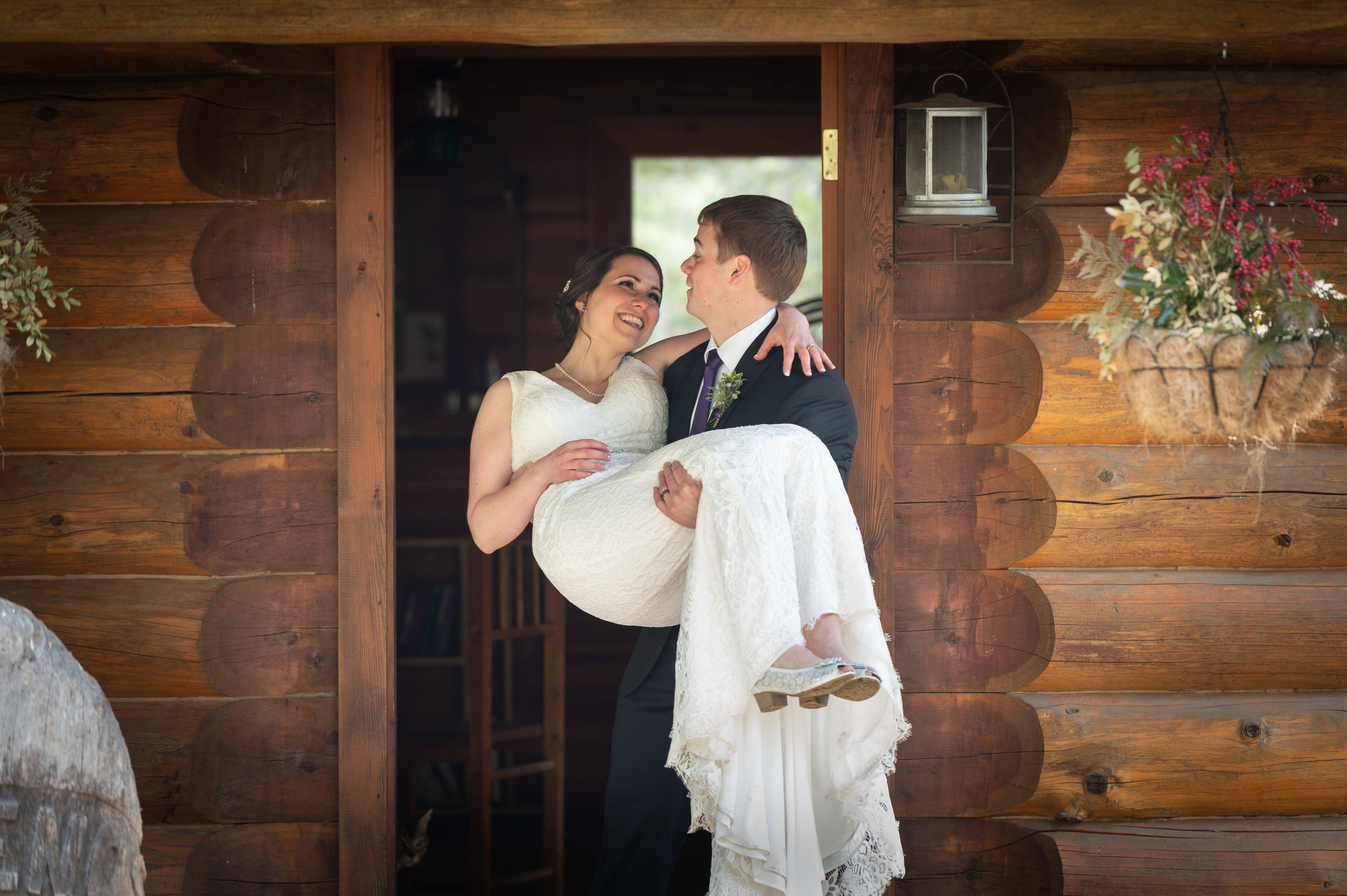 Romantic Elopement at Tin Poppy Retreat in British Columbia 11.jpg