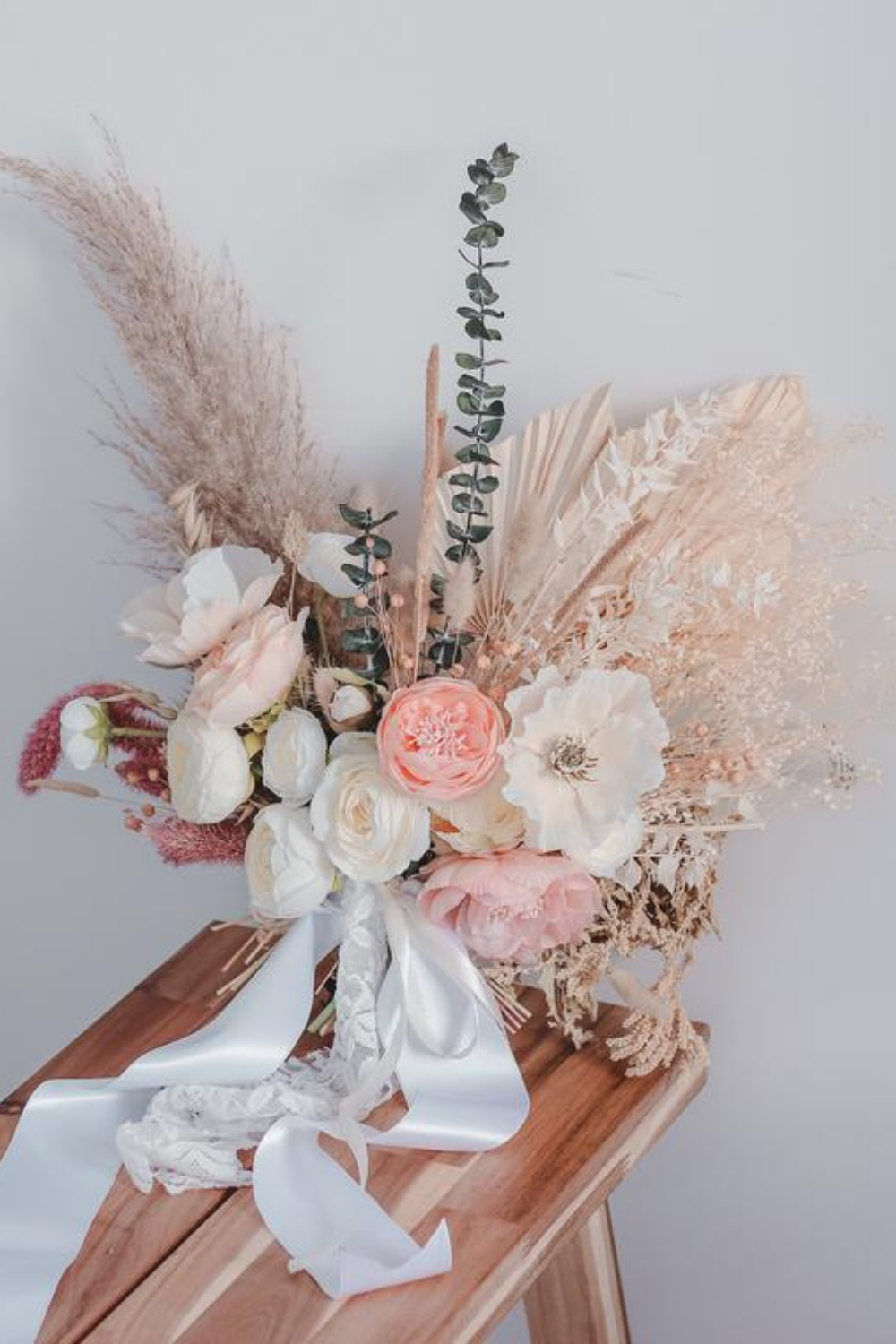 15 Exquisite Blush Bridal Bouquets Inspiration And Advice To Plan The Perfect Wedding
