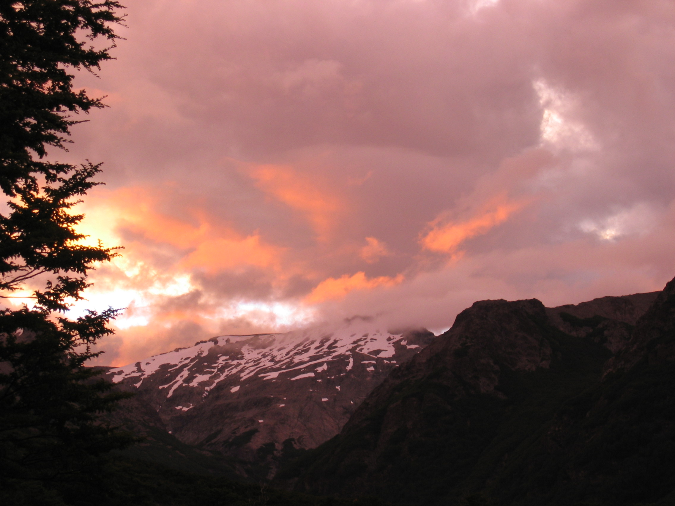 Nahuel Huapi night 3 sunset.JPG
