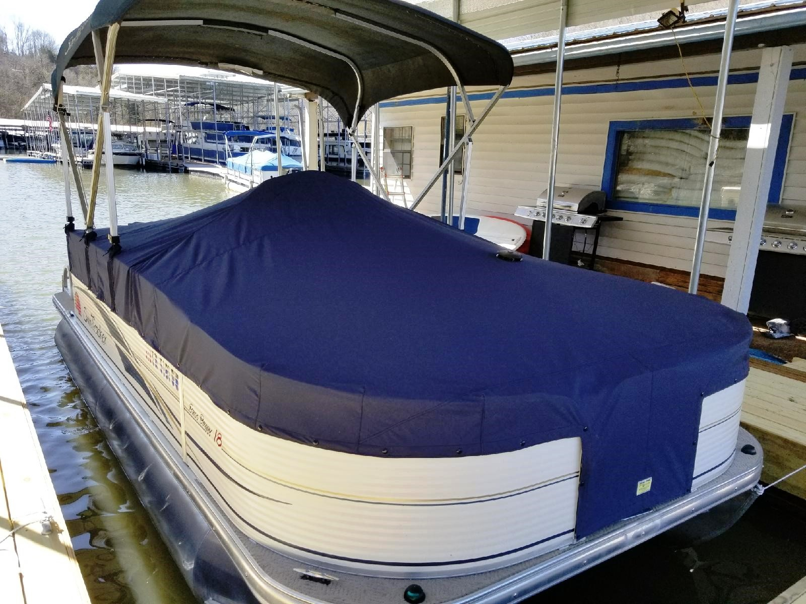 012Center Console Pontoon Cover Starboard.jpg