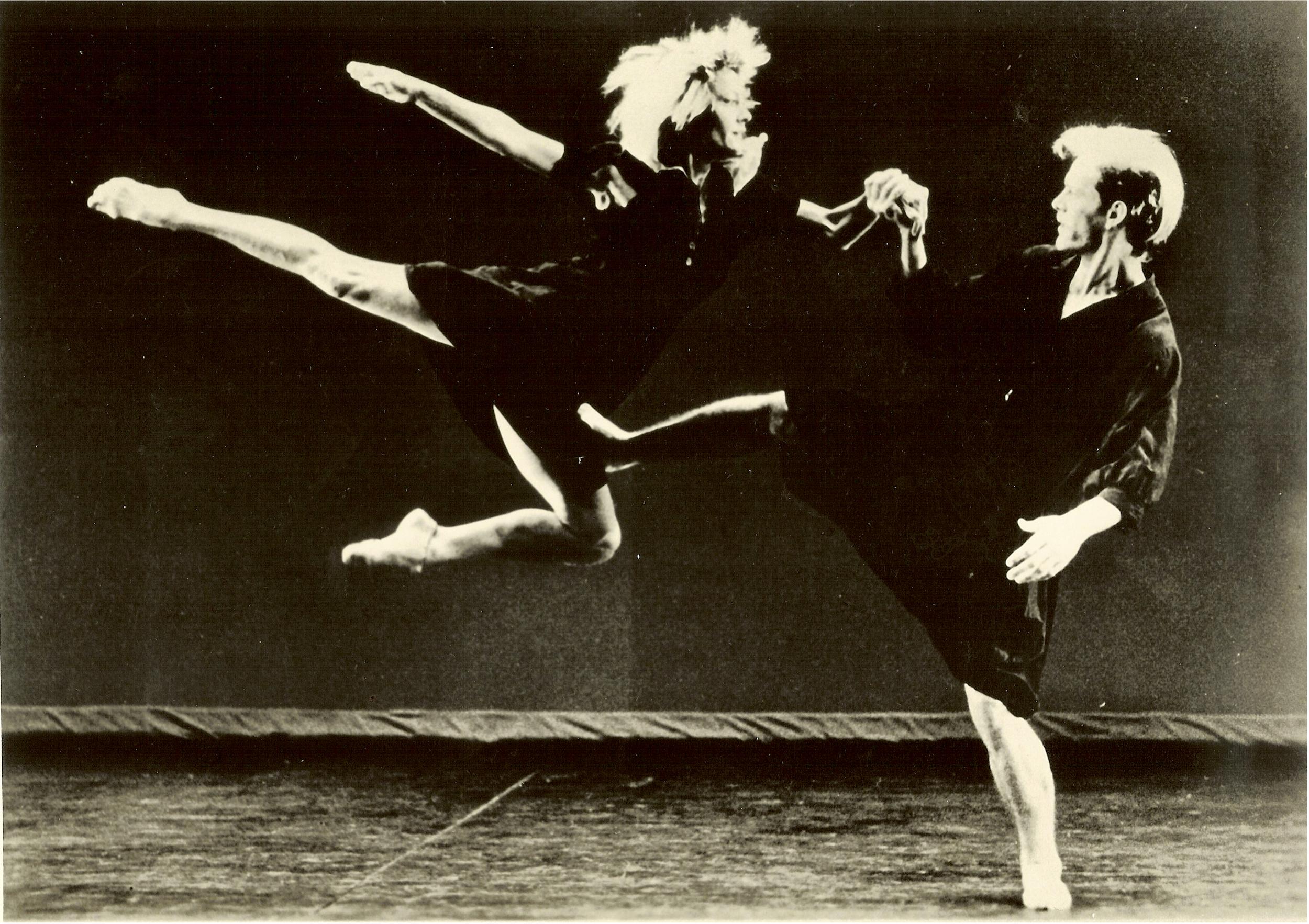 Sara, Jess (1987). Marty Sohl.