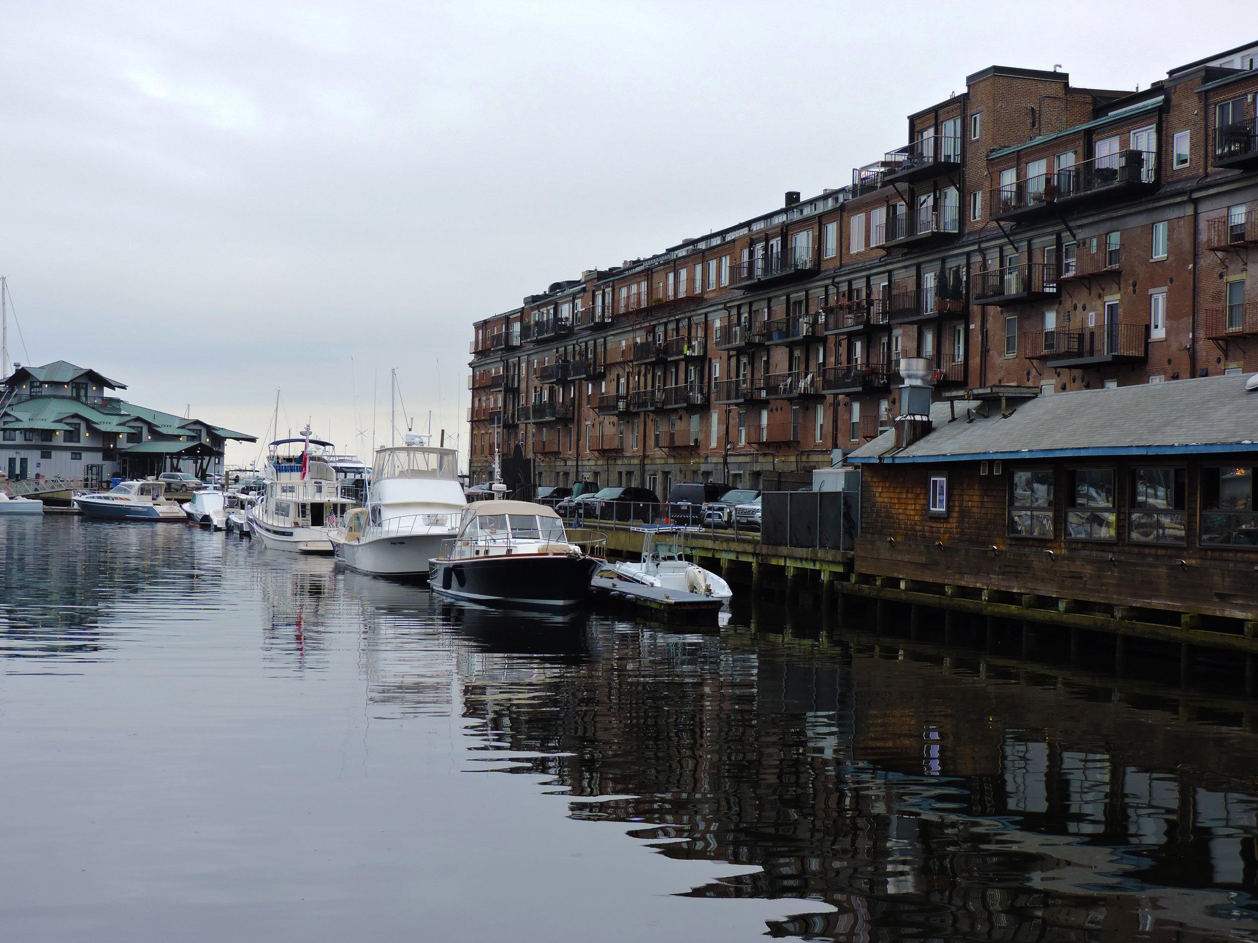 bostonharborsummerboats.jpg