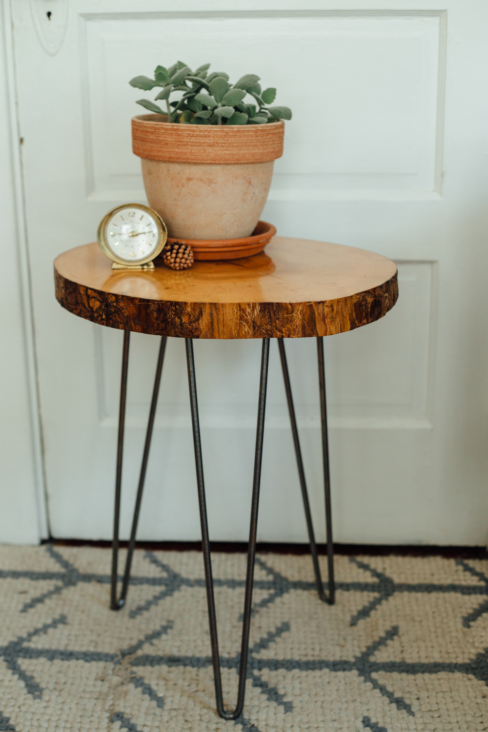 Live Edge Reclaimed Ash feat. hairpin legs - Big Tooth Co.