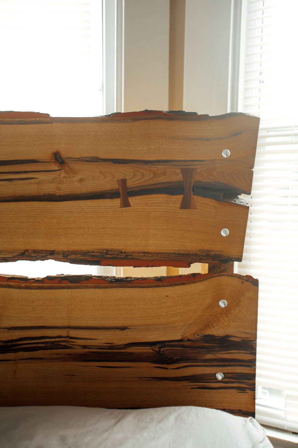 BIG-TOOTH-CO_Custom-live-edge-headboard2.jpg