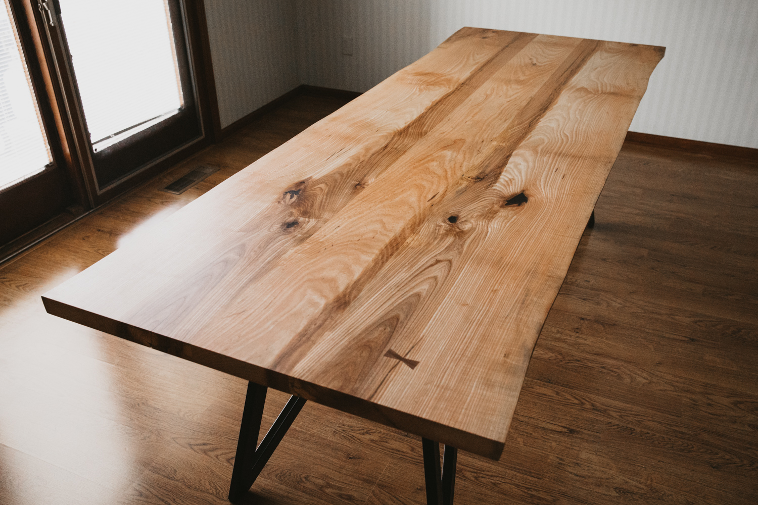 BIGTOOTHCO_TheNorth_Live_edge_dining_table_ash (24 of 53).jpg