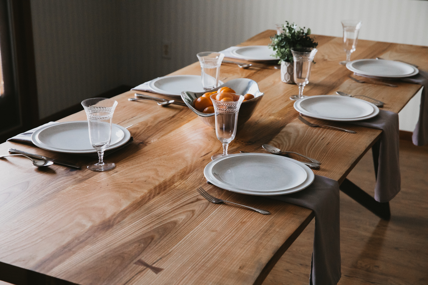 BIGTOOTHCO_TheNorth_Live_edge_dining_table_ash (28 of 53).jpg