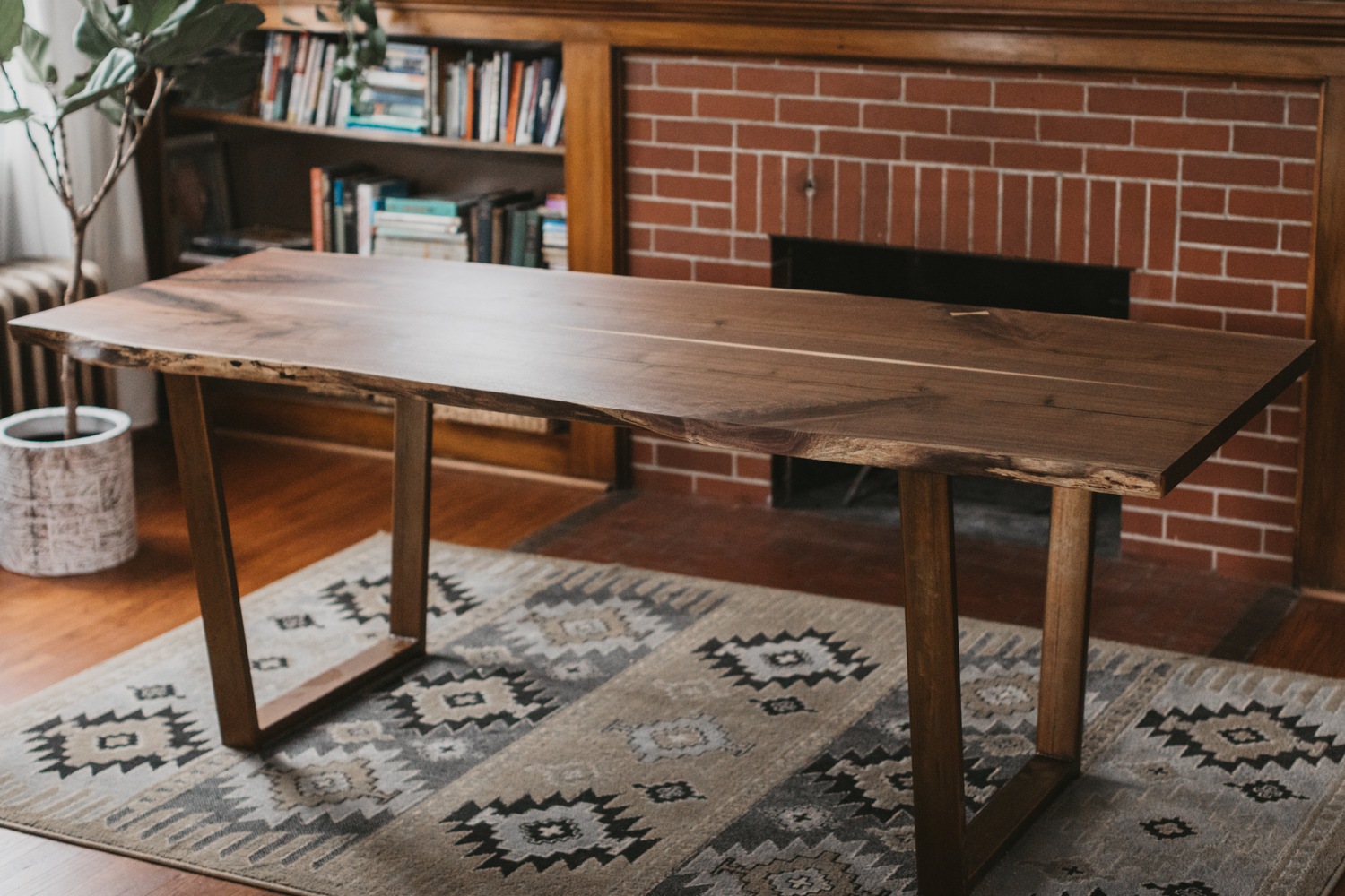 Big Tooth Co_Fort Wayne Indianapolis Woodworking _Walnut Dining Table (1 of 51).jpg