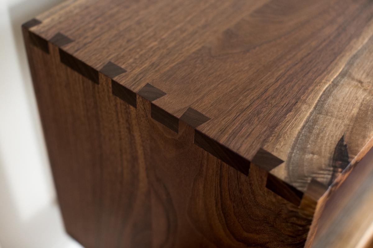 Big Tooth Co_Live Edge Woodworking Custom Furniture_Walnut Console (9 of 44).jpg