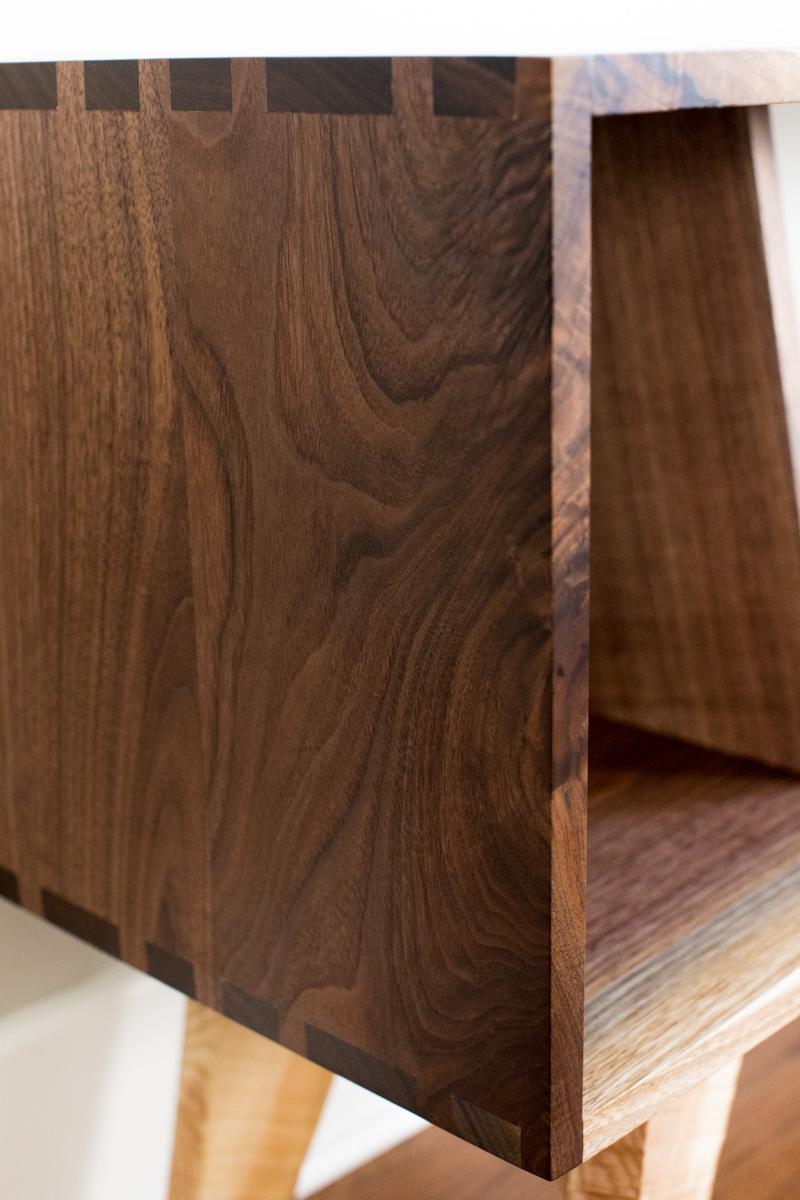 Big Tooth Co_Live Edge Woodworking Custom Furniture_Walnut Console (10 of 44).jpg