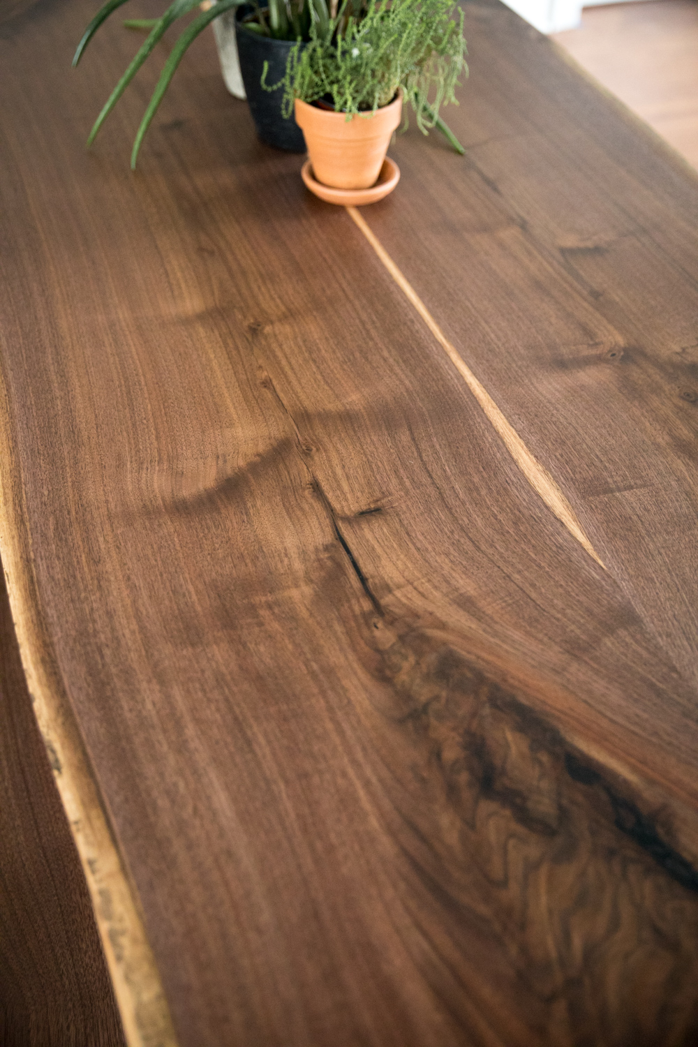 Big Tooth Co_Fort Wayne Indianapolis Woodworking _Walnut Dining Table (44 of 51).jpg