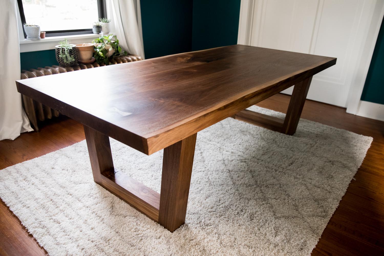 walnut_indianapolis_woodworking_wood_slab_dining_table_live_edge44.jpg