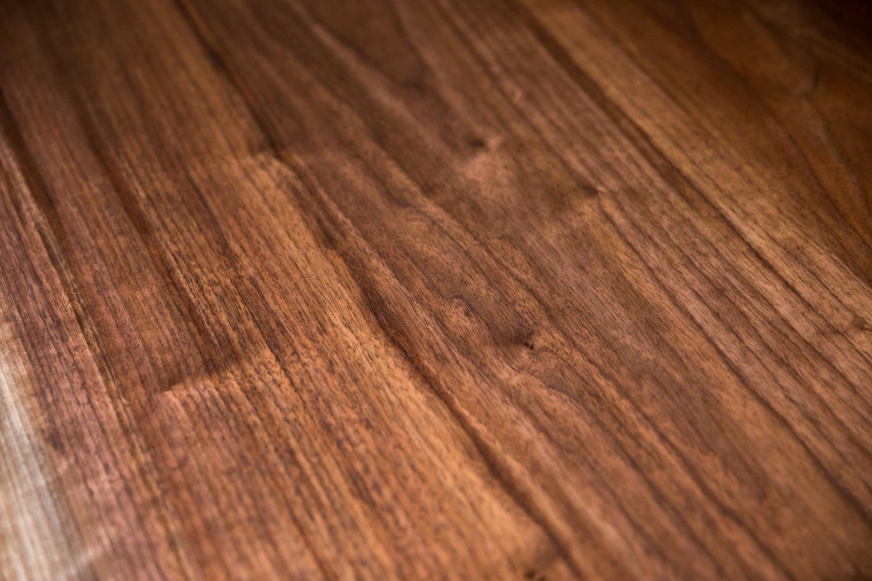 walnut_indianapolis_woodworking_wood_slab_dining_table_live_edge49.jpg