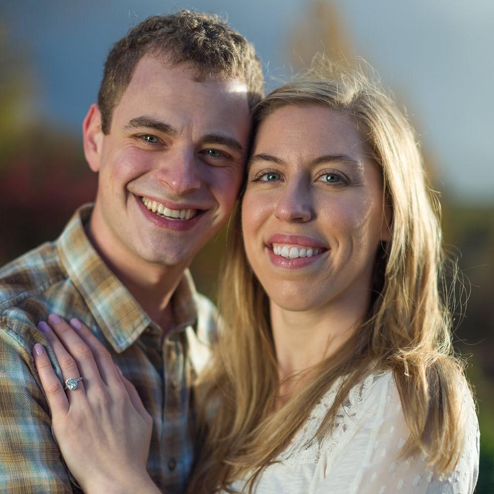 COUPLES & ENGAGEMENT PHOTOS
