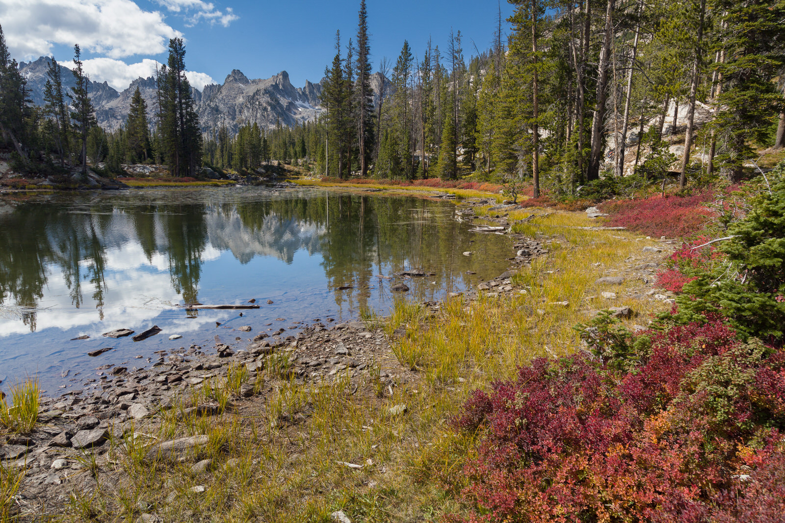 First glimpse of the Sawtooths from Alice Lake